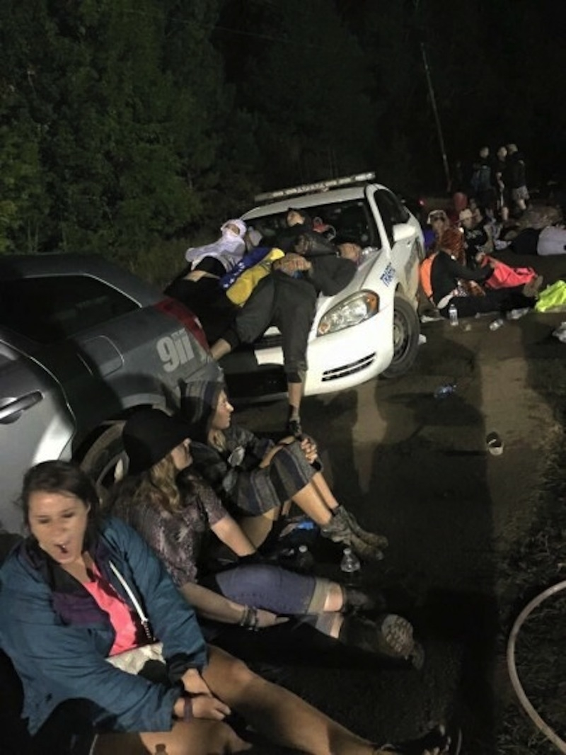 how-bad-weather-caused-tomorrowworld-to-devolve-into-confusion-near-riots-and-looming-lawsuits-body-image-1443465427