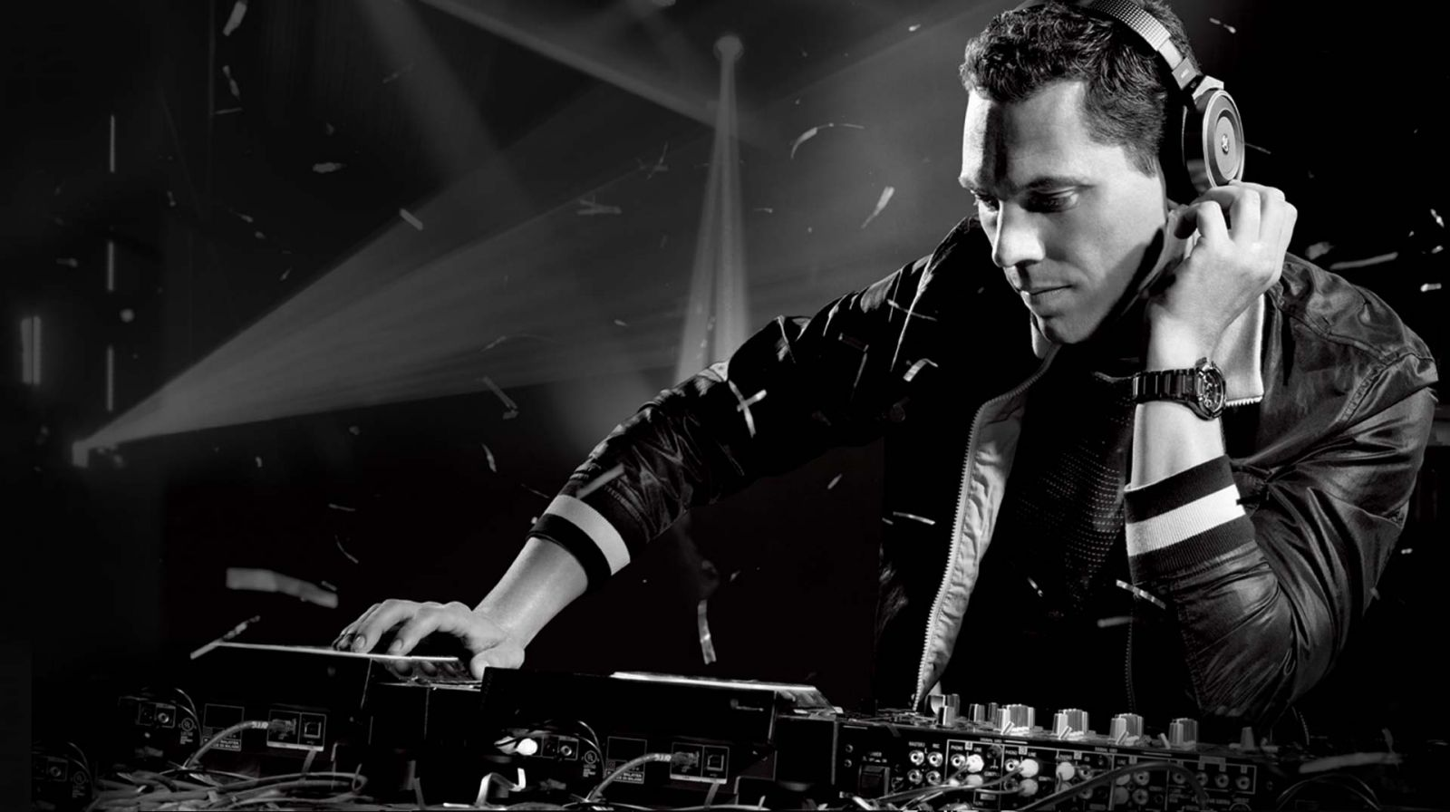 Check die track: Tiësto & Mike Williams – 'I Want You'