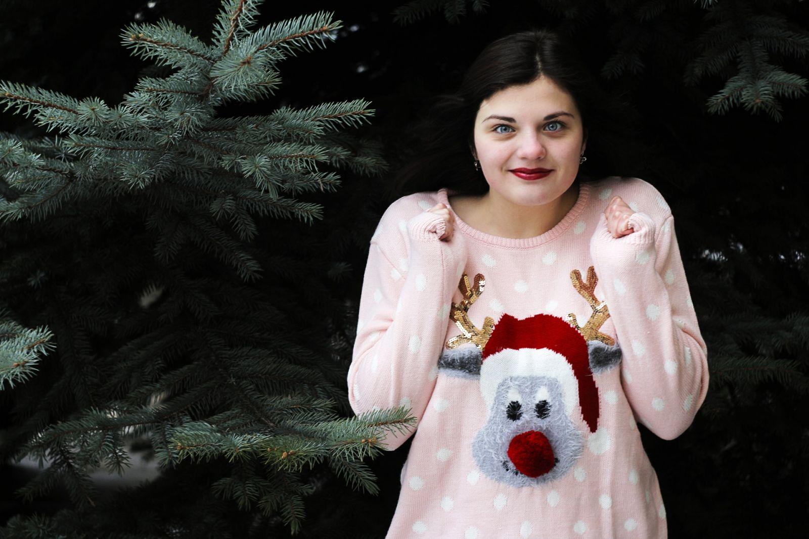 Foute Kersttrui Dag.Opgelet 15 December Is Het Wereld Kersttruien Dag Partyscene