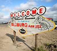 Lekker rondhangen en uitbrakken op Blijburg.
