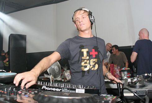 Michel de Hey in control