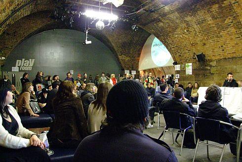 Het Schotse label Soma Records organiseert op 25 april de jaarlijkse Soma Skool. In diverse workshops leggen gerenommeerde producers uit hoe zij te werk gaan in de studio.